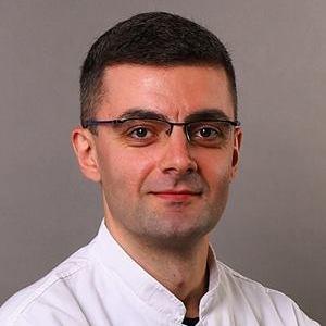 Lazar Pavlović - predavač na kursu za instruktore joge